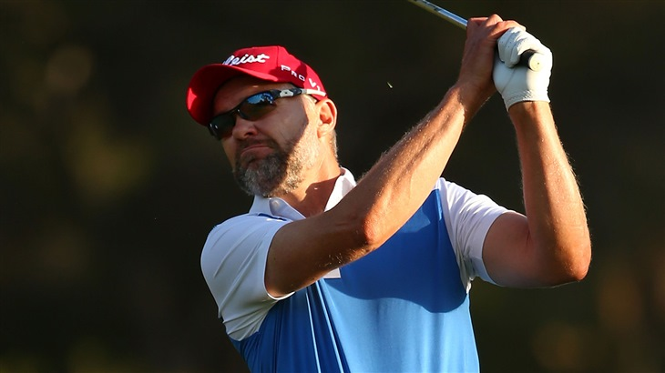 Long prevails in all-Titleist playoff in Australia
